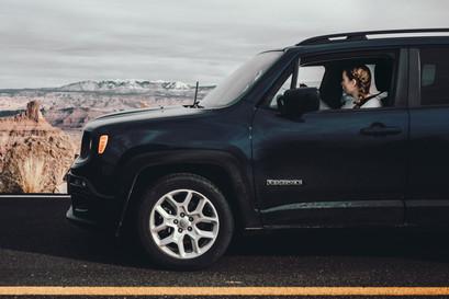 Jeep renegade blue girl mountains USA utah