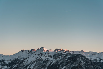 first light hit mountaintops photography