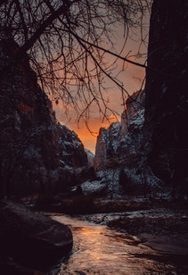 sunset photo in Zion national park with snow