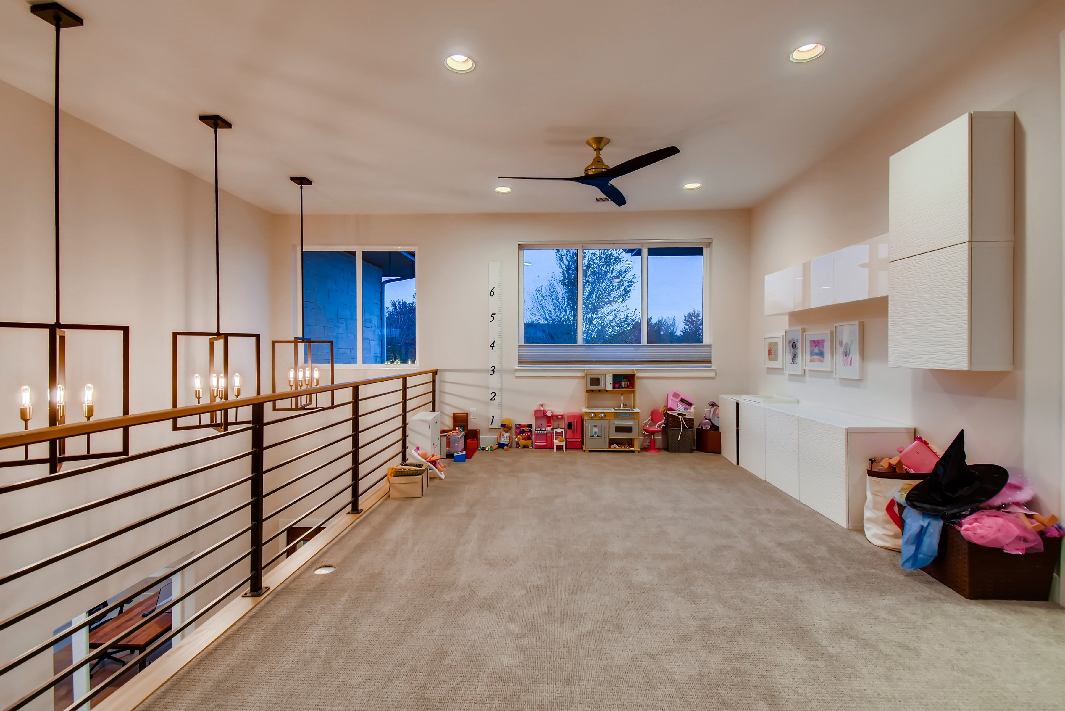 31 2nd Floor Loft 1602868575850