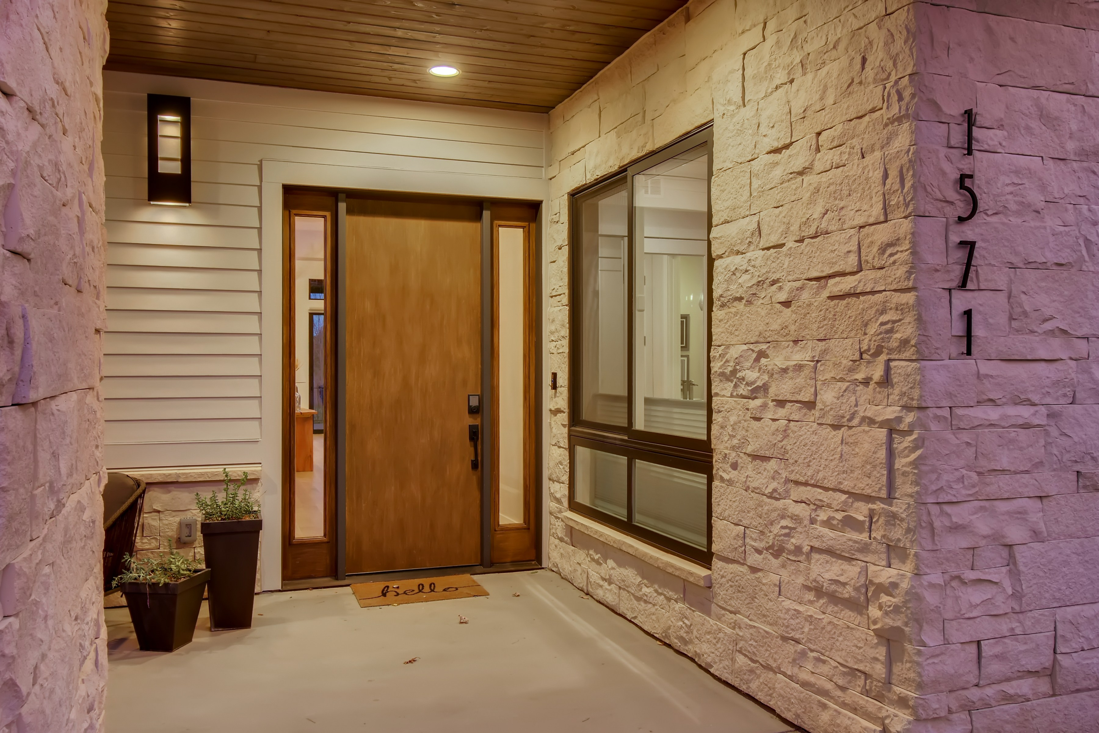 03 Exterior Front Entry 1602868565813