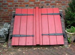 Red Cellar Door Elfreth's Alley.jpg