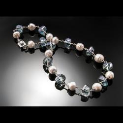 Henzel-Necklace-4ZAPP.jpg