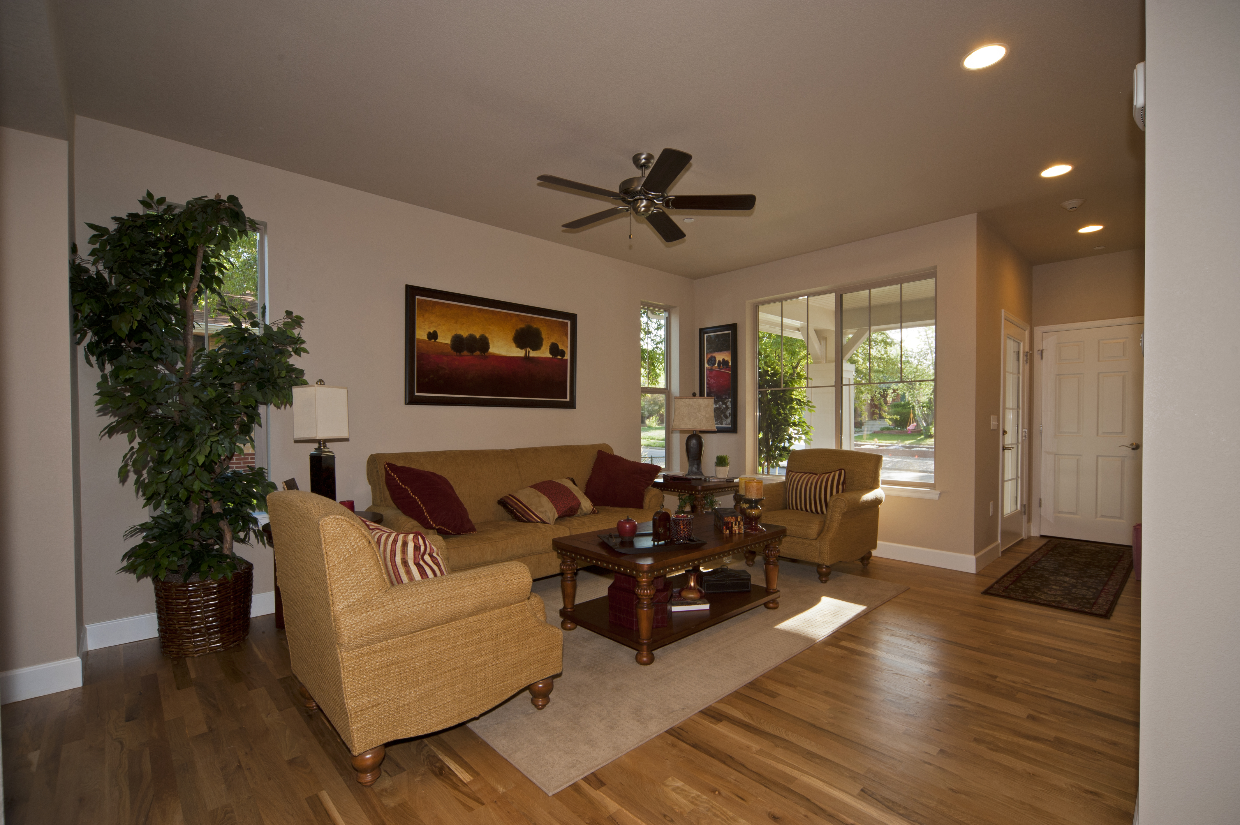 1275clermont-living