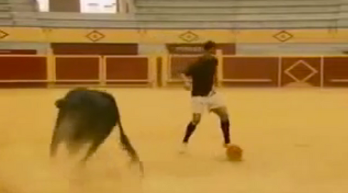Ronaldo v Bull + Making of...