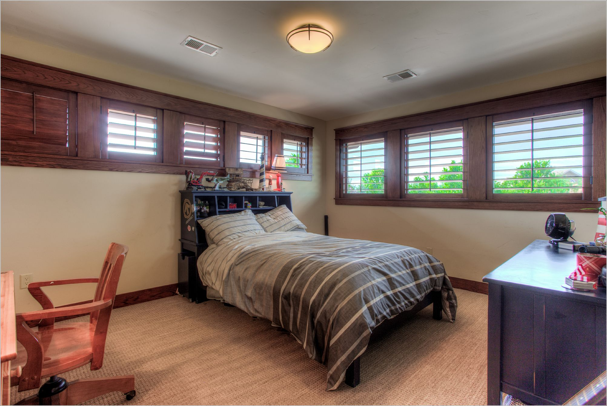 7496 Panorama Dr_15_Bedroom03