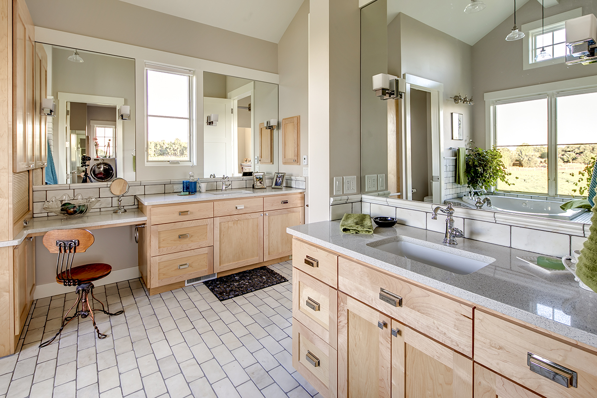 Master Bathroom 4 - Copy.jpg