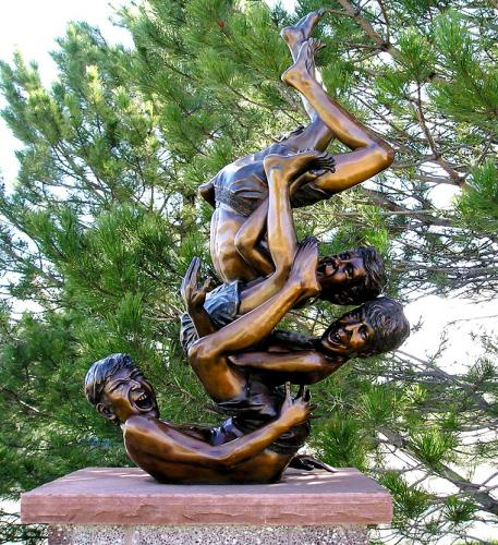 freeforall Bronze 24x10x7.jpg