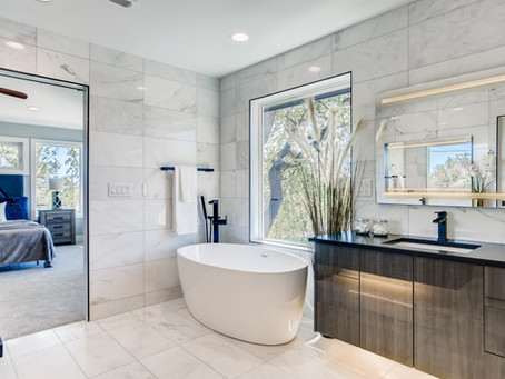 Houzz - Top Color and Materials for Master Baths