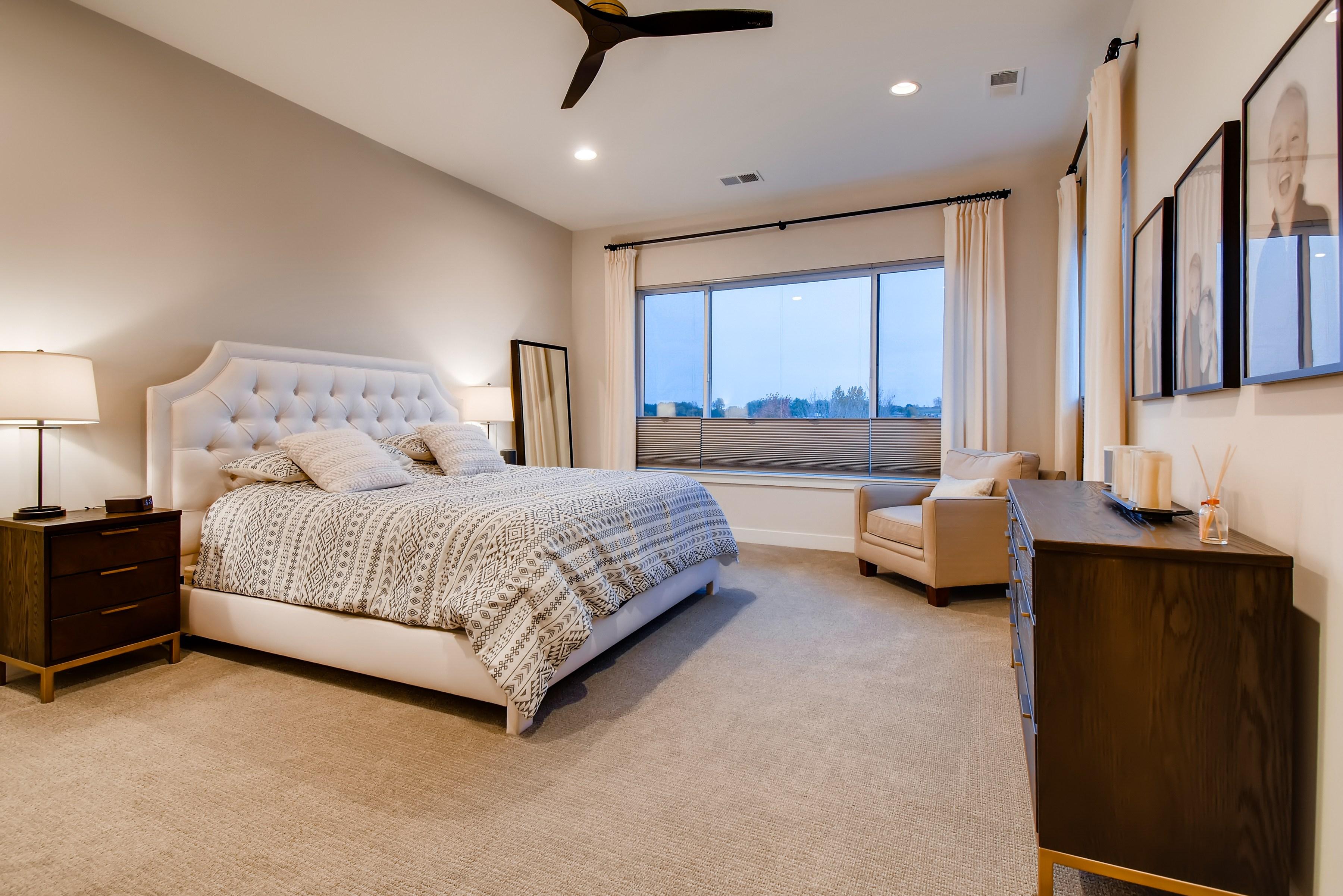 16 2nd Floor Master Bedroom 160286857547