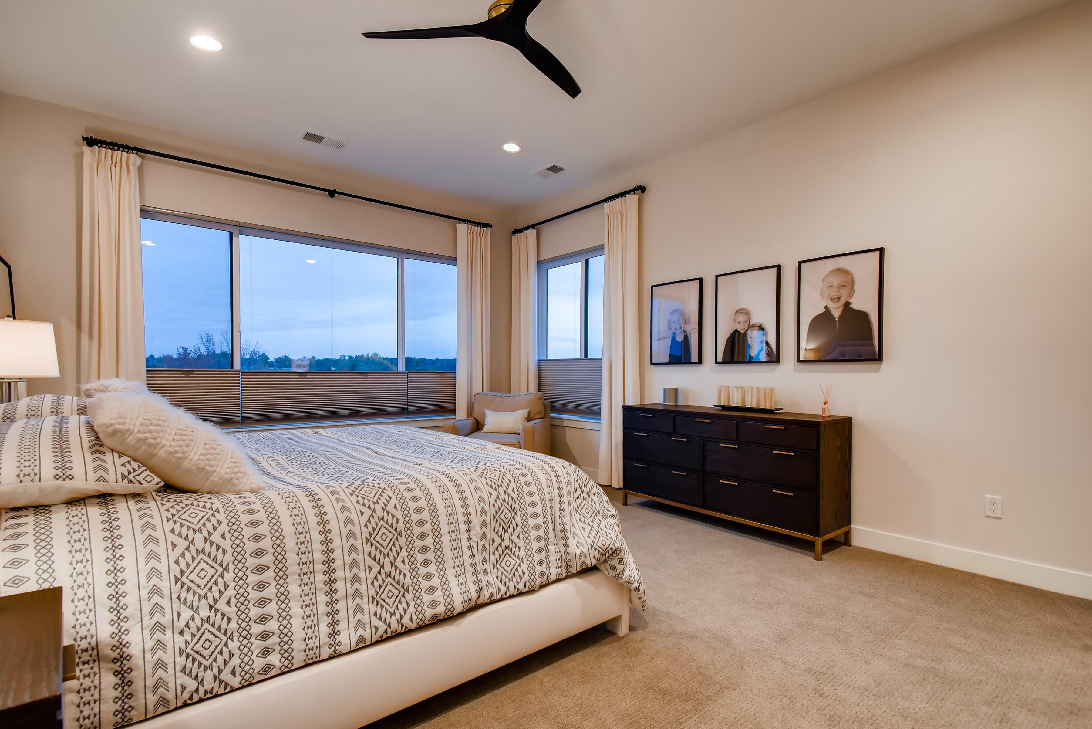 18 2nd Floor Master Bedroom 160286856602