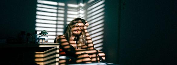Depression (xavier-sotomayor-unsplash).j