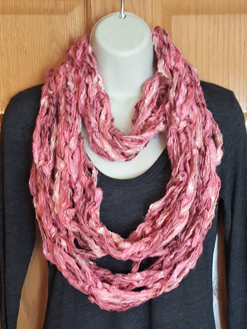pink infinity scarf (5).jpg