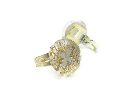 Adjustable gold and white filigree ring