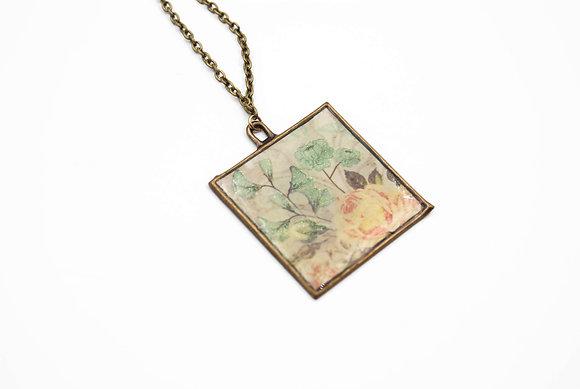Square floral pendant Necklace