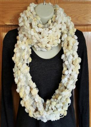 pom pom scarf (3).png