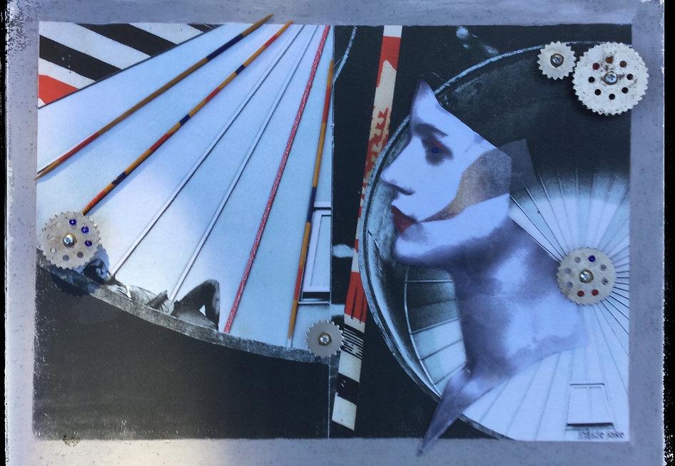 Atomium%20Square_edited.jpg