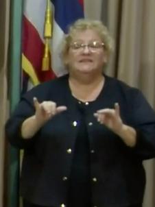 Hawaiian Interpreter Dies