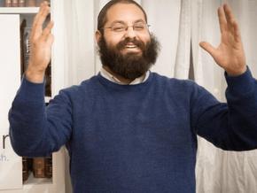 Deaf rabbi translating Torah into sign language