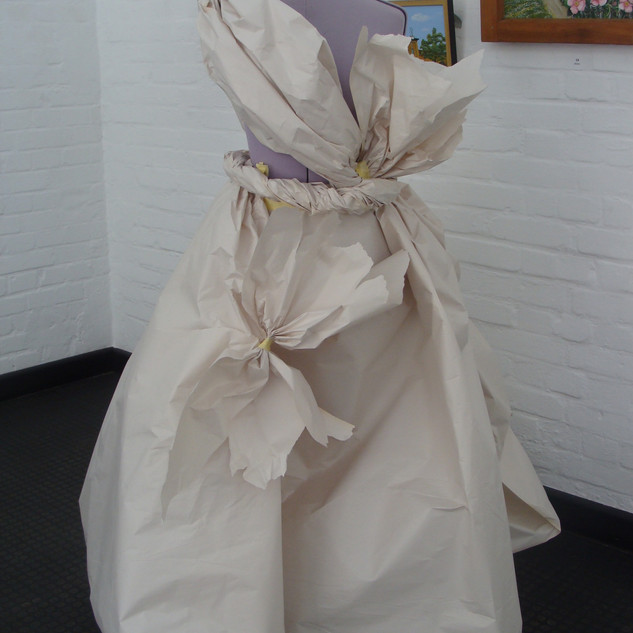 Kostümworkshop Entwurf  aus Papier