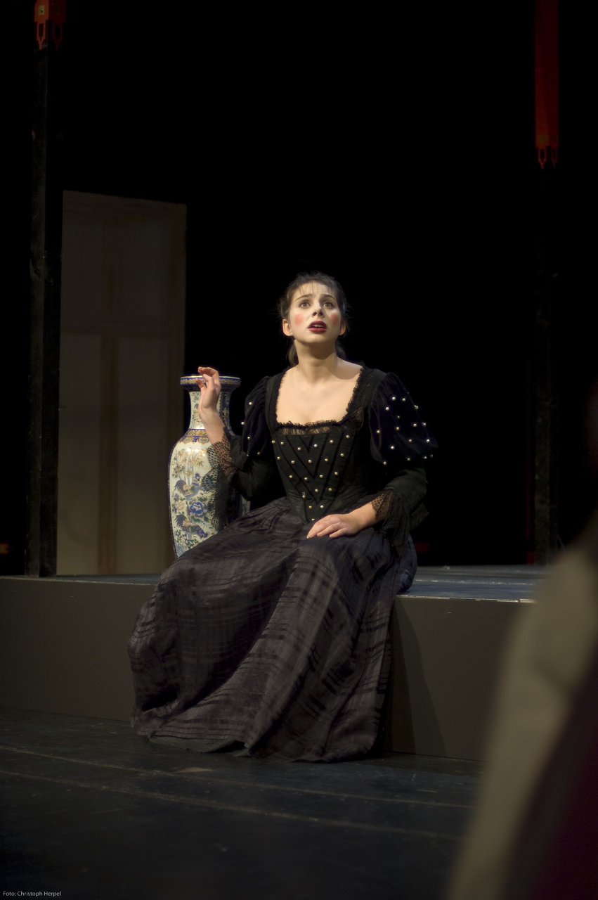 Amélie Saadia Lisinga