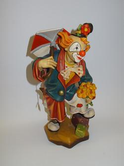 geschnitzter verliebter Clown