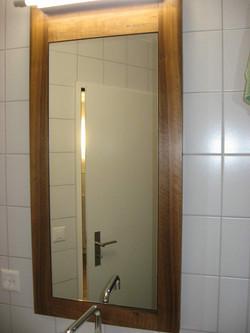 Spiegelrahmen Nussbaum