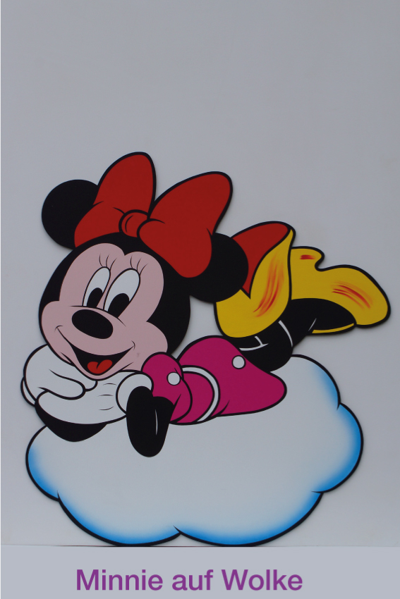 Minnie auf Wolke