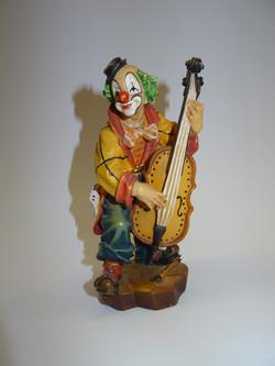 Clown mit Bassgeige aus Holz