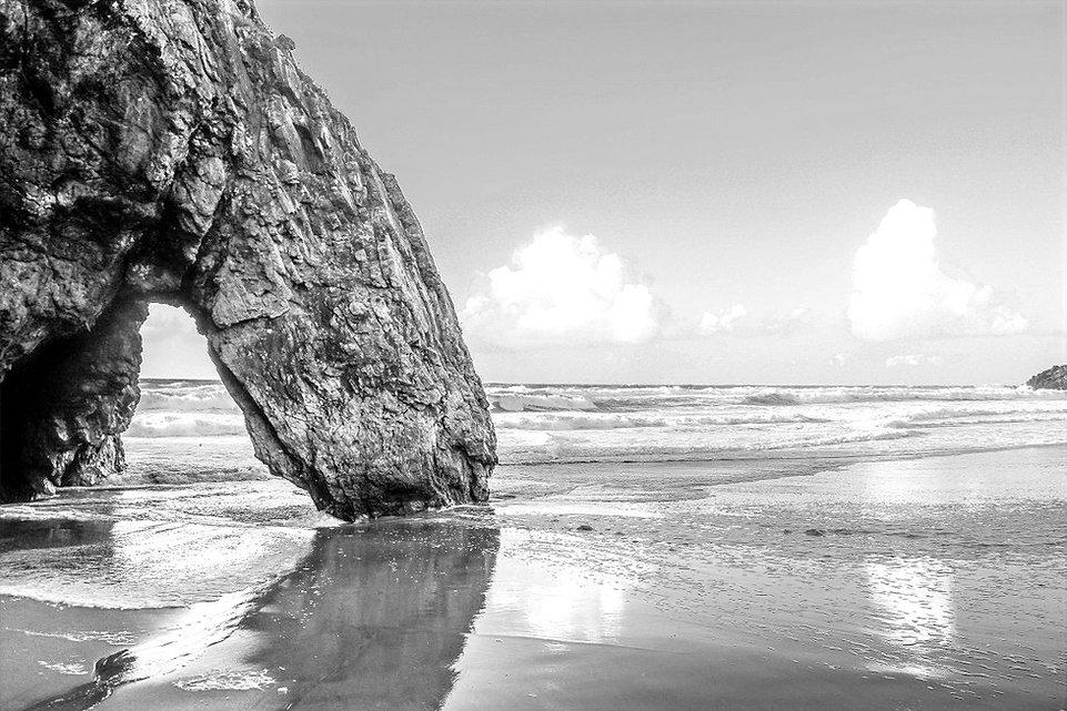 praia-da-adraga-1_edited.jpg