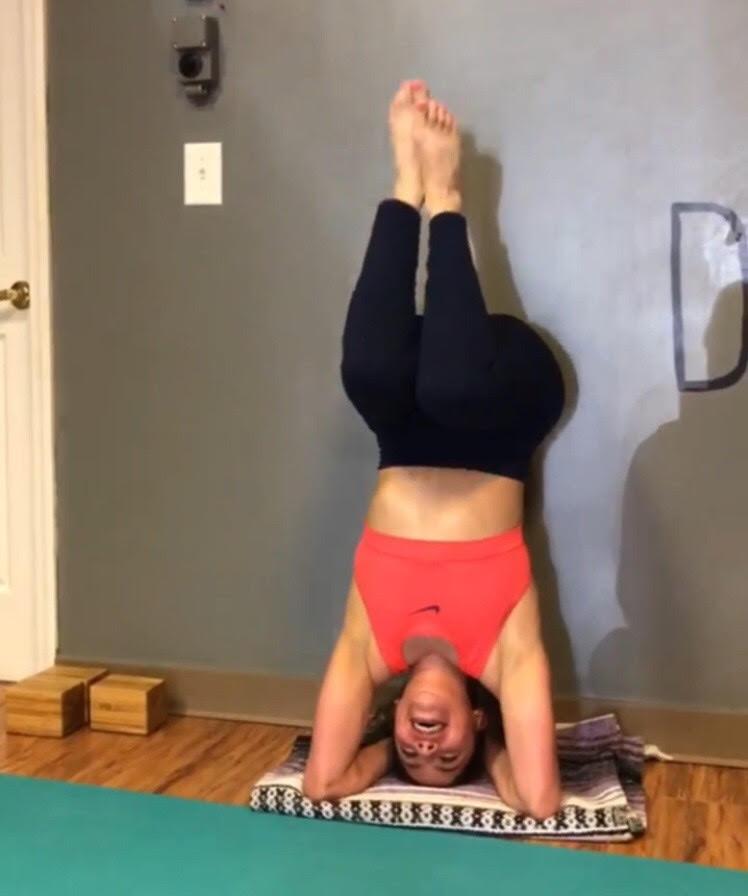Yoga student headtsnad size doesnt matte
