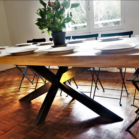 Table en Chêne géante