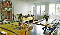 Table et meuble de salon en chêne.jpg