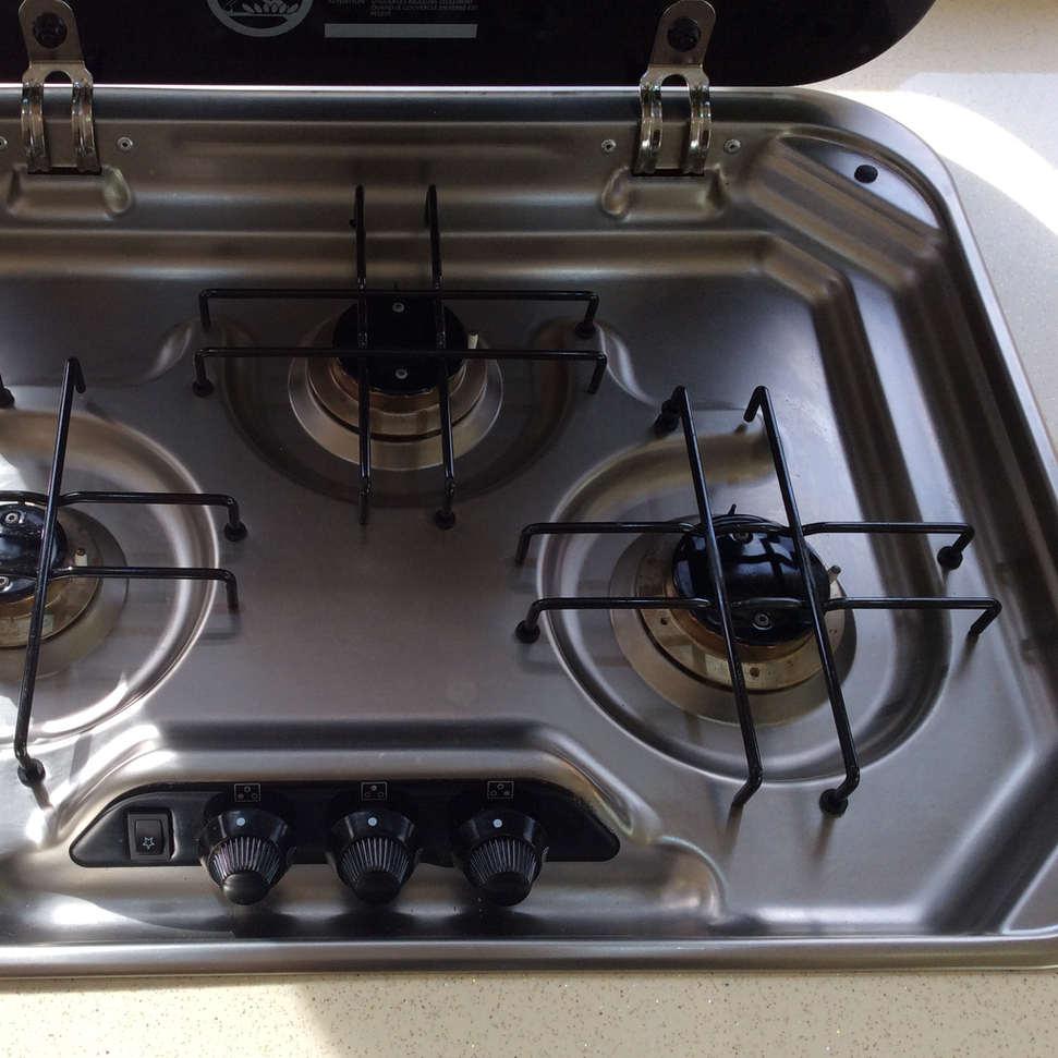 3 Burner Cooktop.jpg