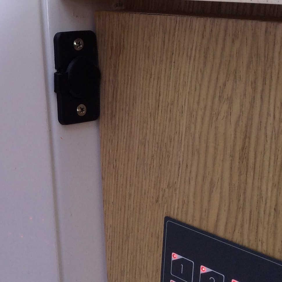 12V Power Outlet.jpg