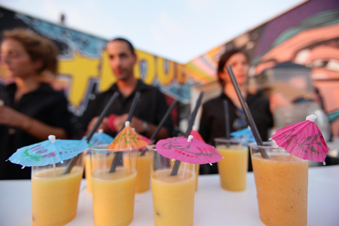 5 Reasons Why you need Glucose Drinks to Beat the Heat Wave