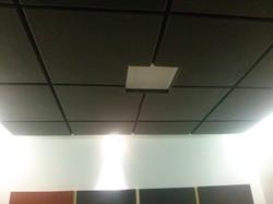 umas Acusticas no teto