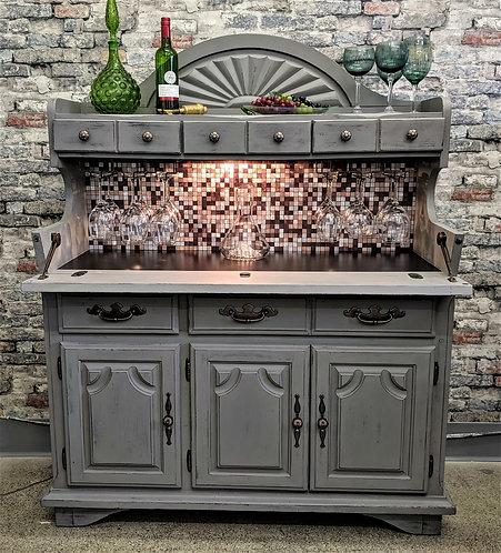 Amazing Bar Cabinet