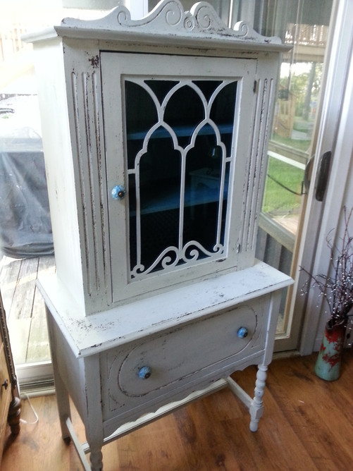 White & blue hutch