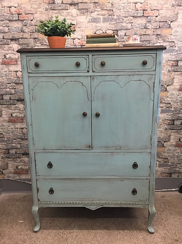 2 Door, 7 Drawer Highboy Dresser