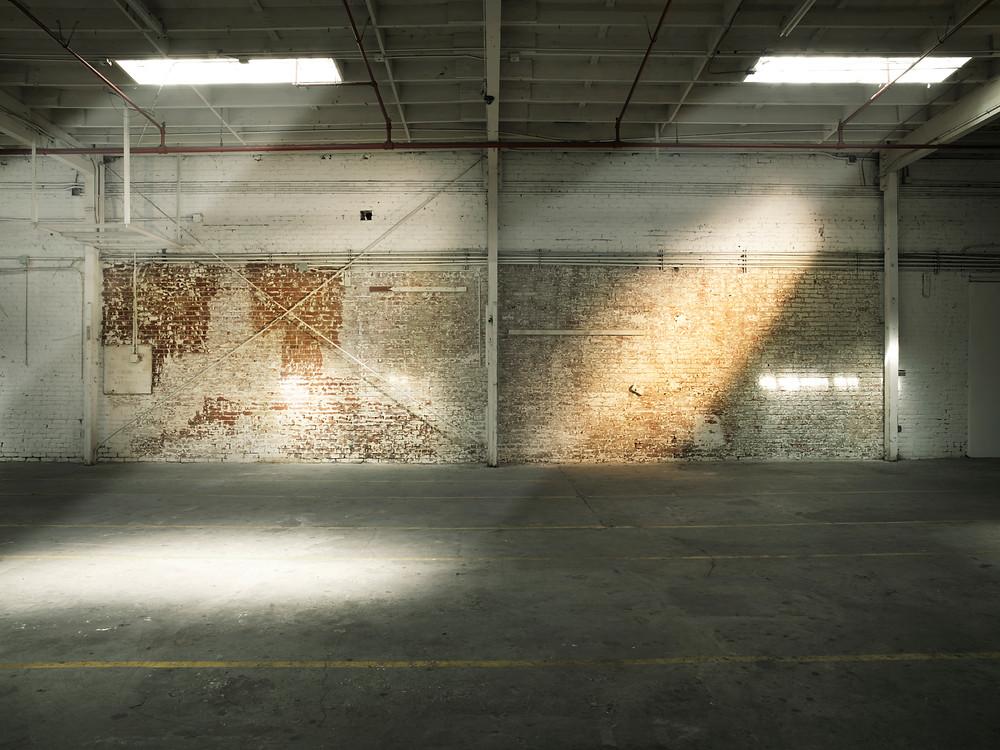 warehouse location los angeles
