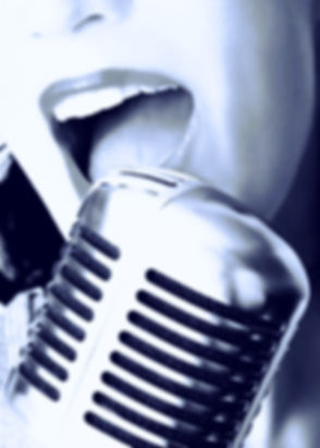 Retro Singer_edited_edited_edited.jpg