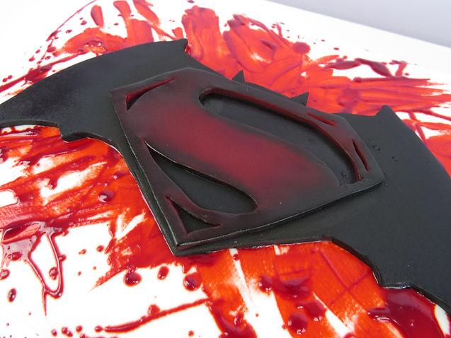 Batman Vs Superman Template The Icing Artist Cake Decorating