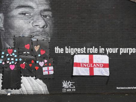 Η τοξική και ρατσιστική κουλτούρα γύρω από το ποδόσφαιρο