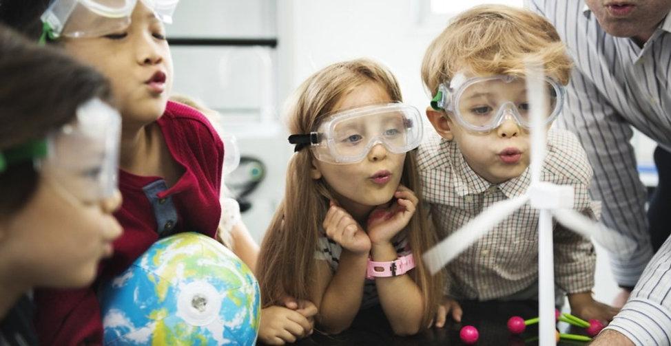 Children-learning-science-Rawpixel_edite