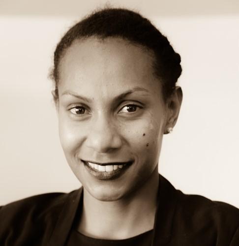 Stéphanie Mahuk - @Geoffrey Gee & Partners