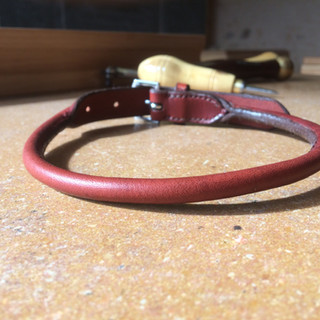 Collier cousu rond