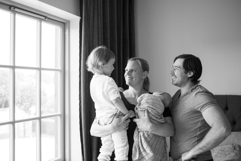 Familj babyfotografering