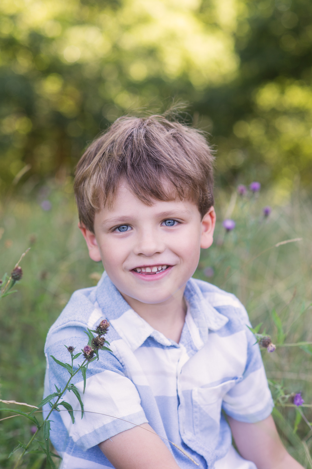 Outdoor portrait of a boy.