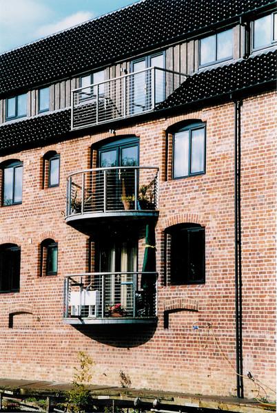 CB01-balconies01.jpg